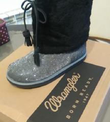 Wrangler tople cizme Predivne i tople