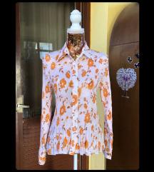 bluza s cvjetnim uzorkom