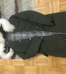 Zimska pernata bunda snizeno 250 kn