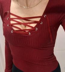 Crvena majica vezice 34 HM novo