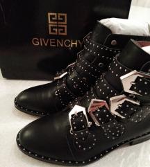 Givenchy čizme
