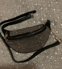 Bershka torbica oko struka