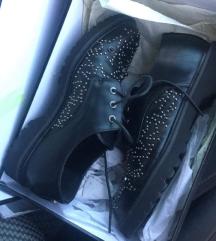 Gaudi cipele