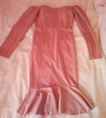 Roza haljinagolih ramena