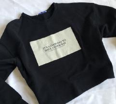 Zara sweatshirt majica sa natpisom NOVO