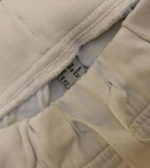 Bijele hlace trapke na gumu sa špagama