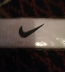 Nike znojnik