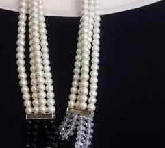 Ogrlica s nizom različitih perli