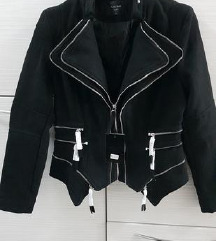 proljetna jakna 40