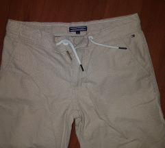 Tommy Hilfiger hlačice 152
