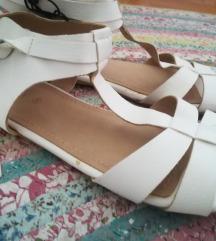 Novo! ZARA sandale - br. 36