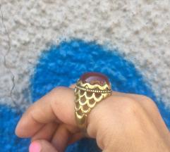 Prsten karneol