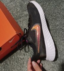 Nike revolution tenisice novo!