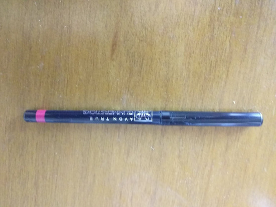 Olovka za usne plum wine
