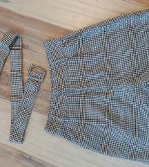 Kratke hlače s remenom
