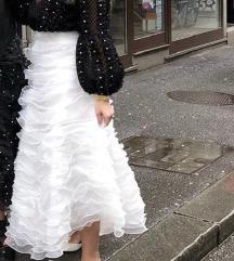 Bijela suknja (za cool mladenke)