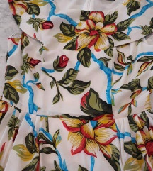 Nova cvjetna haljina S M
