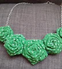 Ogrlica s ružicama