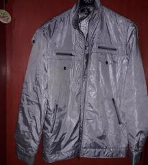 Velika sjajna siva jakna