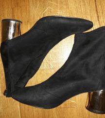 Zara cizme sa zlatnom petom