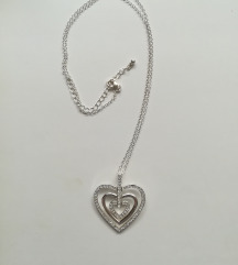 Ogrlica sa srcem