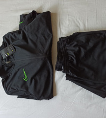 Nike muška trenirka gornji i donji dio NOVO