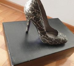 Prodajem Mietzko cipele na visoku petu