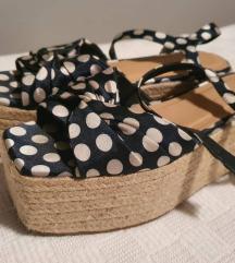 Sandale Zara tockaste 38