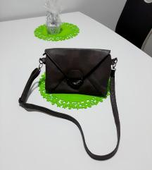 Kožna, sivo-smeđa torbica