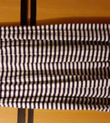 Suknja duža na prugice