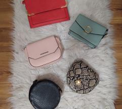Lot torbica (uključena poštarina)