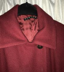 Sisley crveni kaput