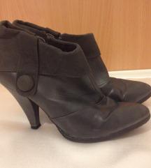 Visoke sive kožne cipele broj 37