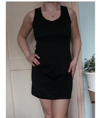 Kratka mala crna haljina veličina S/M