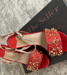 POTPUNO NOVE The Seller sandale