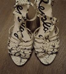 Predivne bijelo-crne sandale