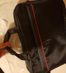 Nova torba za laptop upakirana