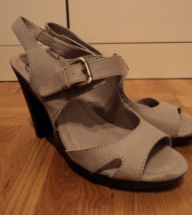 Soft Grey sandale