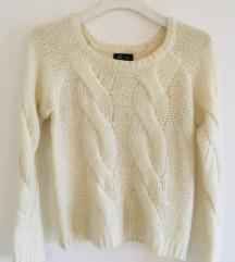 Bijeli pleteni džemper vel S