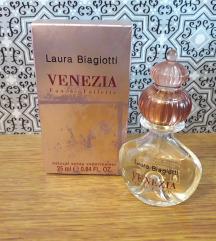 Parfem Laura Biagiotti Venezia, 25ml