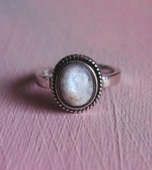 Moonstone srebrni prsten