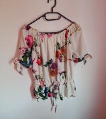 Cvjetna bluzica
