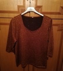 Majica sa zlatnim nitnama
