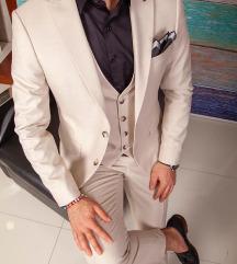 Elegantno musko odjelo