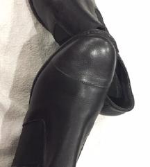 Kožne nove cipele 38