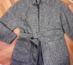 Sivi kaput iz H&M vel 36