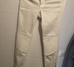 Zara bijele slim traperice