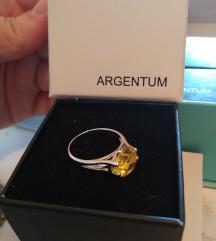 Novi prsten