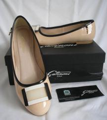 Gattinoni nove cipele Chanel style