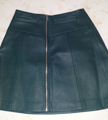 Tamnozelena kožna suknja